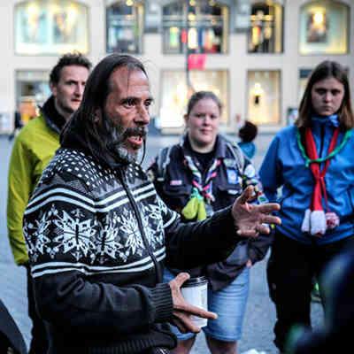 giv en guidet tur i københavn med hjemløs som anderledes gave