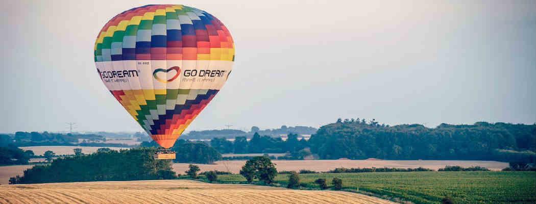 giv manden et fed luftballon oplevelse i bryllupsgave