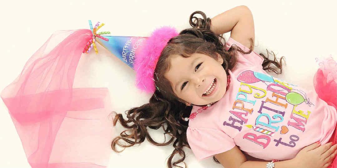 Gaver til børnefødselsdag? Brug disse gode ideer