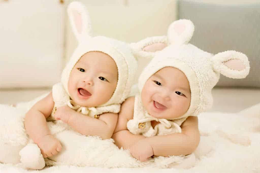 Dåbsgave til tvillinger? Find inspiration til gaverne lige her
