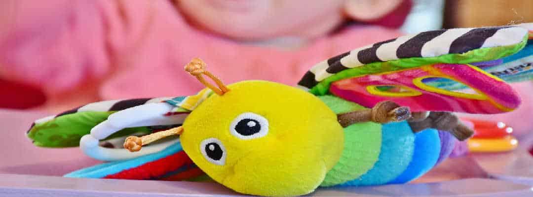 køb en Lamaze rangle i barnedåbsgave