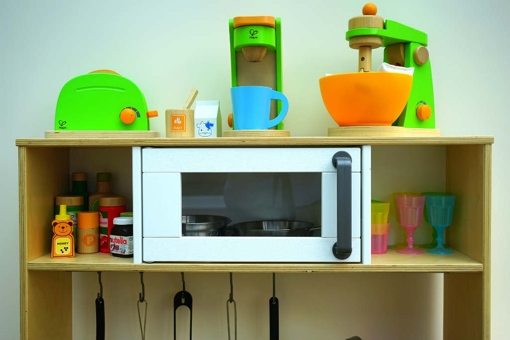 Hvorfor legekøkken er godt legetøj til de små?