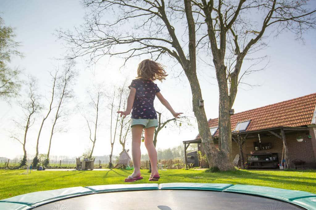 Brug vores trampolin test til at finde den bedste model