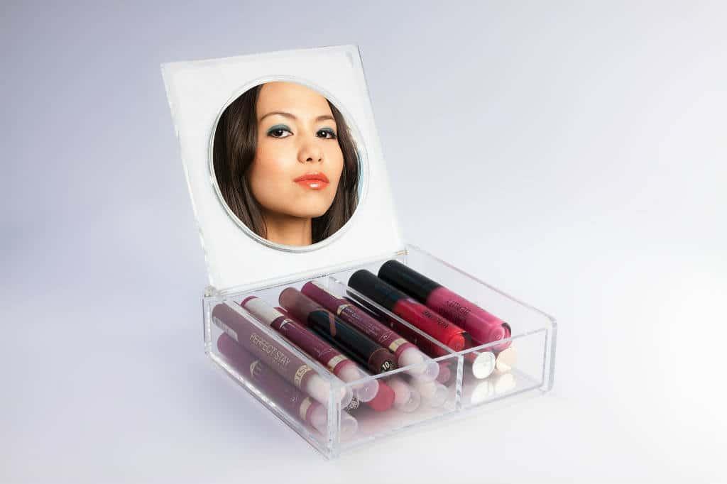 køb makeup opbevaring med akryl bokse