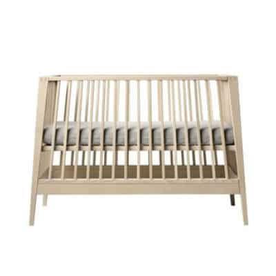 Køb et praktisk møbel til forældre i dåbsgave