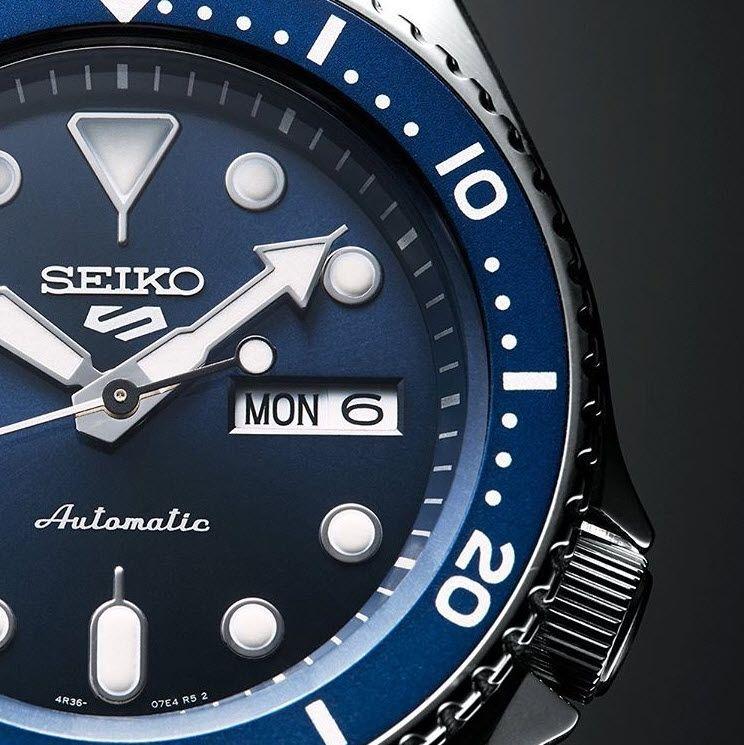 Populært og stilrent ur